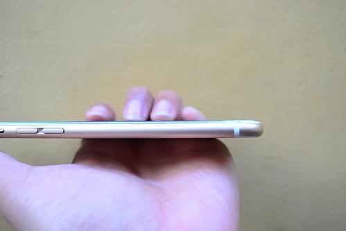 how to get photos off iphone with broken screen