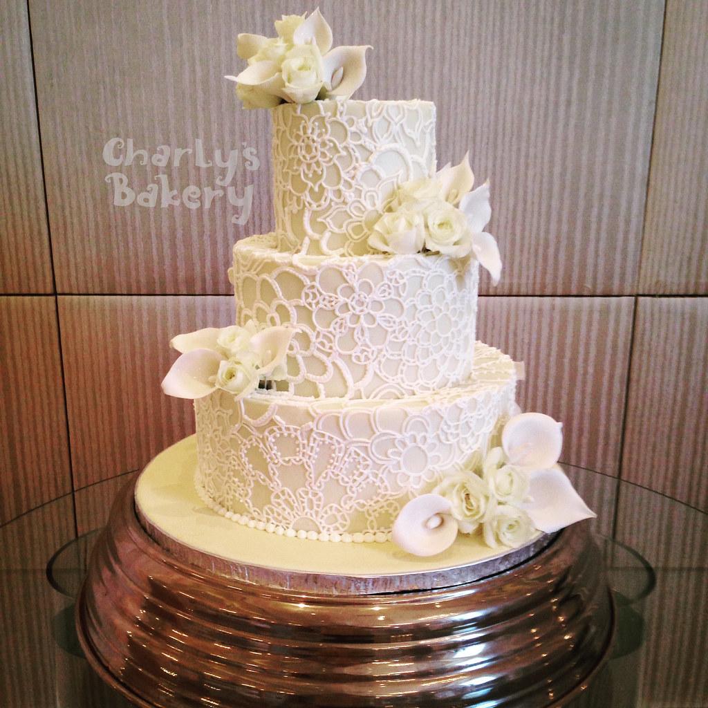 3 Tier Wedding Cake Iced In White Chocolate Ganache With H Flickr