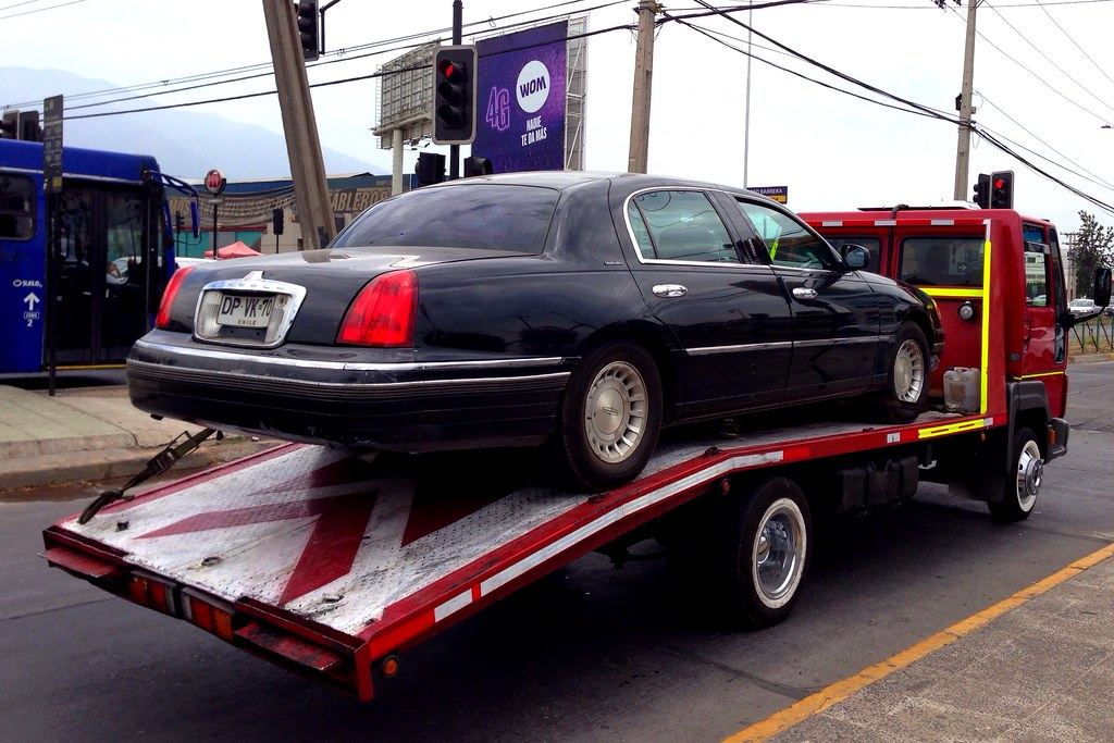 Lincoln Town Car On A Ford Flatbed Truck Santiago Chile Flickr