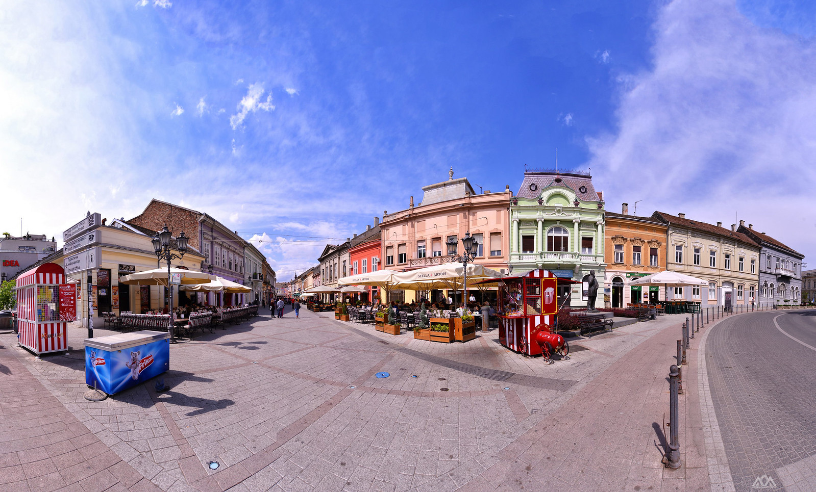 Dunavska ulica Novi Sad | by AleksandarM021