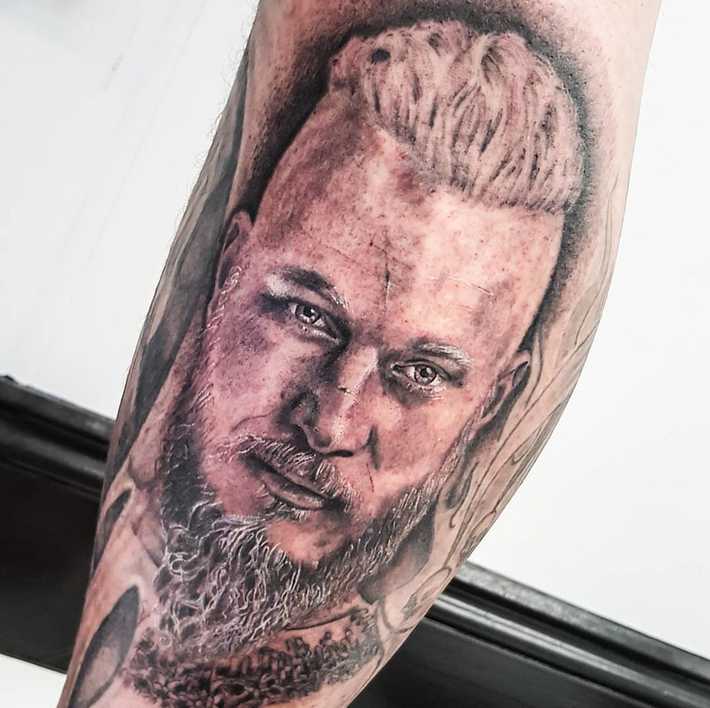 ragnar lodbrok from vikings portrait i tattooed from yest flickr