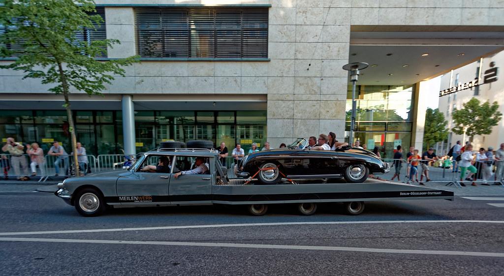 ... Classic car round trip  6ec120c9418