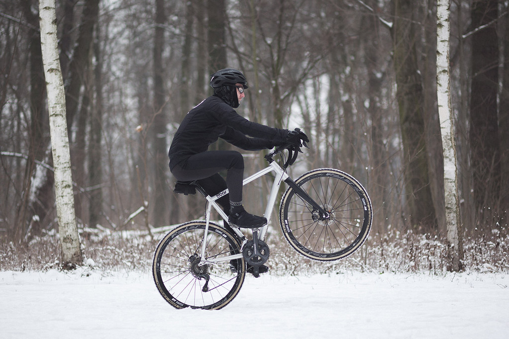 8bar bikes - Having fun in the snow