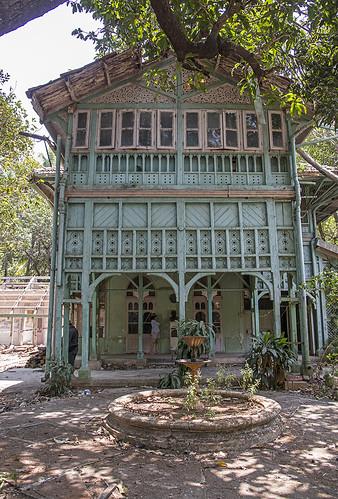 rudyard kipling 39 s house the dean 39 s house of mumbai 39 s. Black Bedroom Furniture Sets. Home Design Ideas