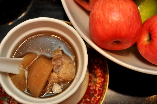 Double Boiled Spare Rib with Apple and Almond Soup 1 | by sidneygan