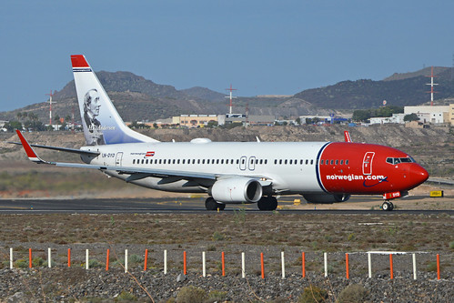 Boeing 737-8JP(w) 'LN-DYD' Norwegian | by Hawkeye UK