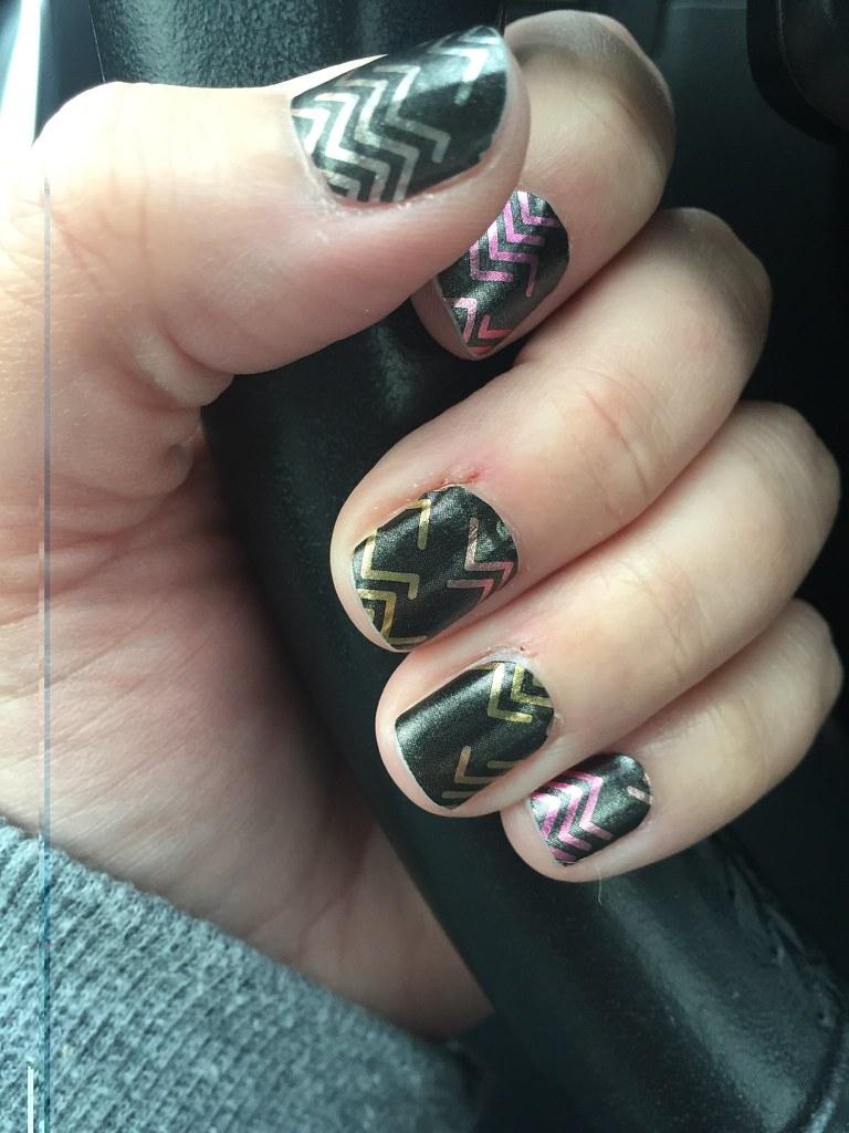 Broken arrow, Jamberry nails. | Jennifer Boller | Flickr