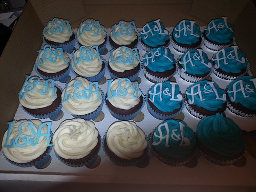 Turquoise & white cupcakes | by platypus1974