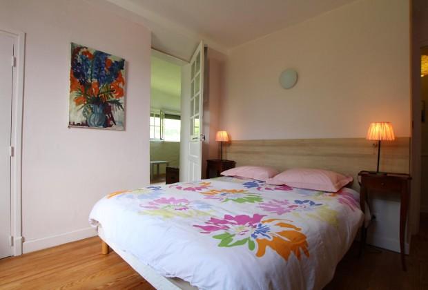 la maison de jeanne chambre d 39 h tes g411010 osse en aspe. Black Bedroom Furniture Sets. Home Design Ideas
