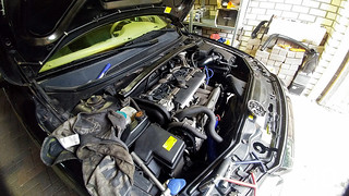 Volvo S80 2.4T Changing Spark plugs | by ND-Photo.nl