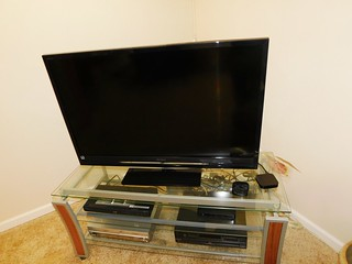 "45"" Sony flat screen TV 