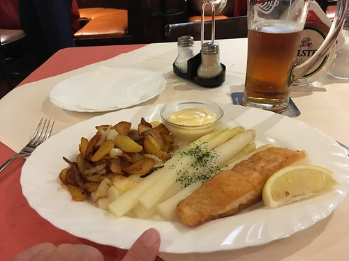 White asparagus with salmon at Baumann's Bierbar, Hamburg | by fred pipes