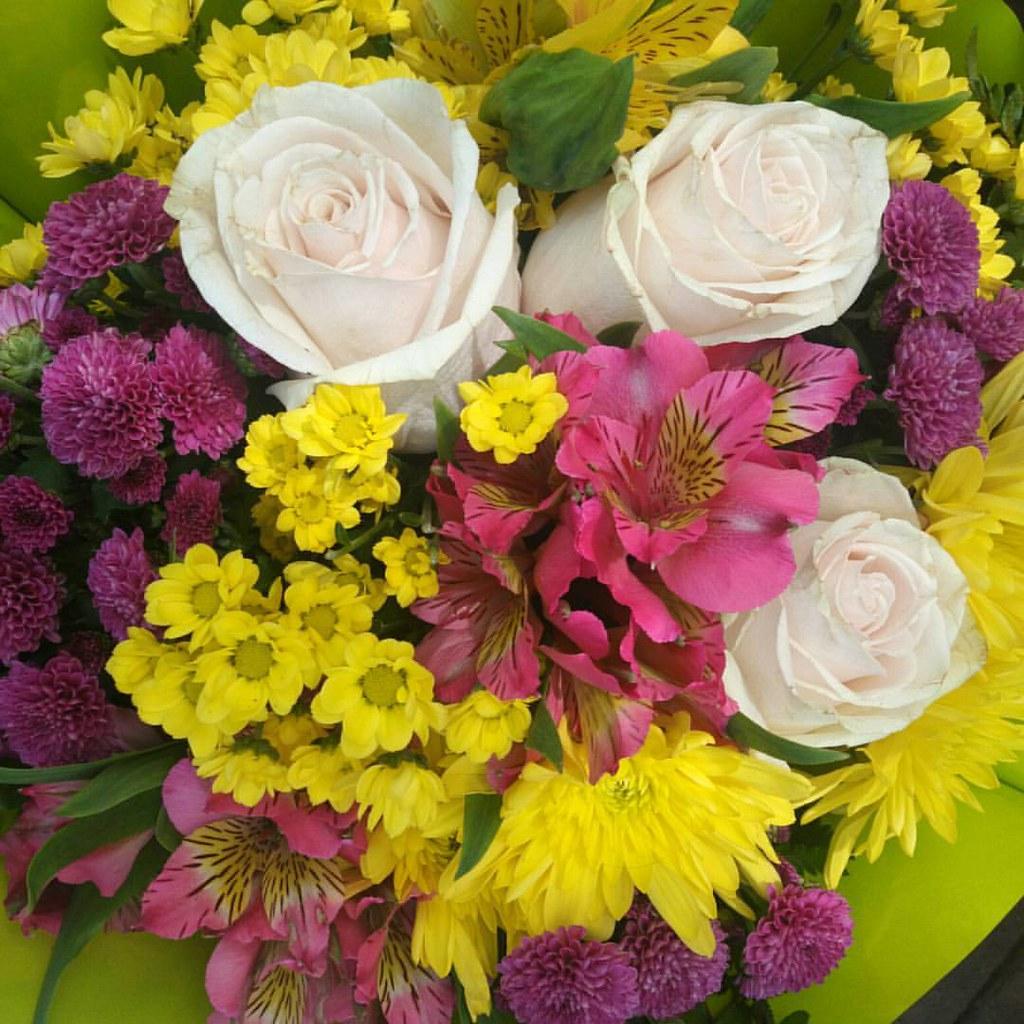 Ramos De Flores Sencillos Pero No Menos Llamativos Me Flickr - Fotos-ramos-de-flores