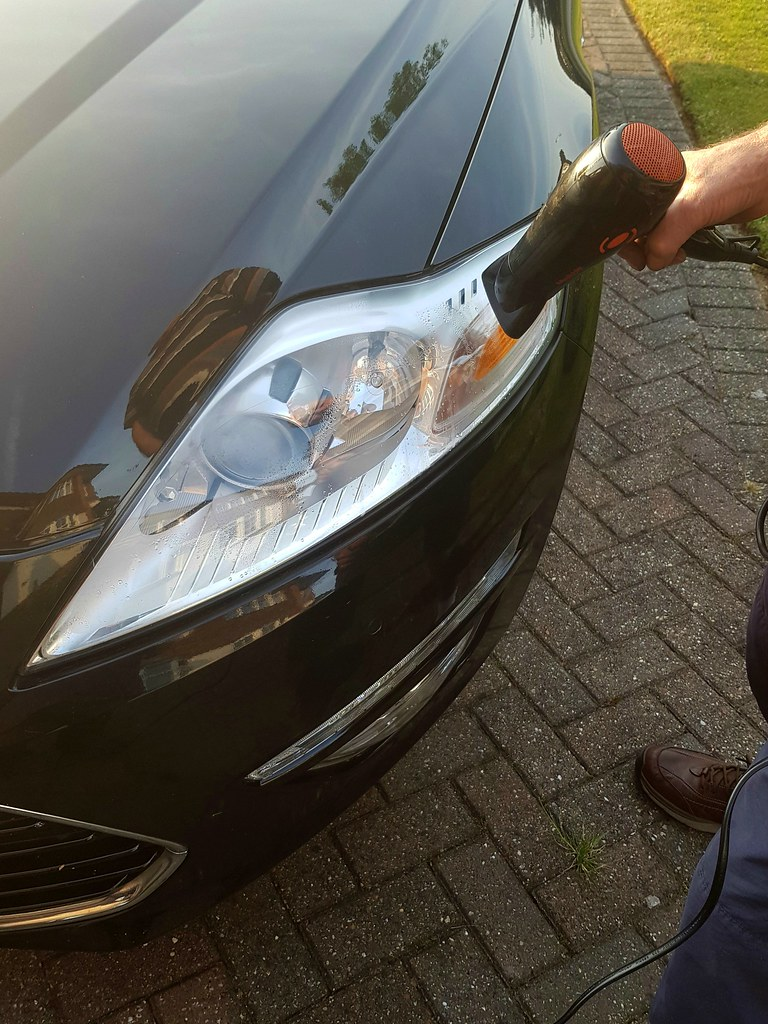 Ford Mondeo Headlight Condensation Water Condensation Insi Flickr