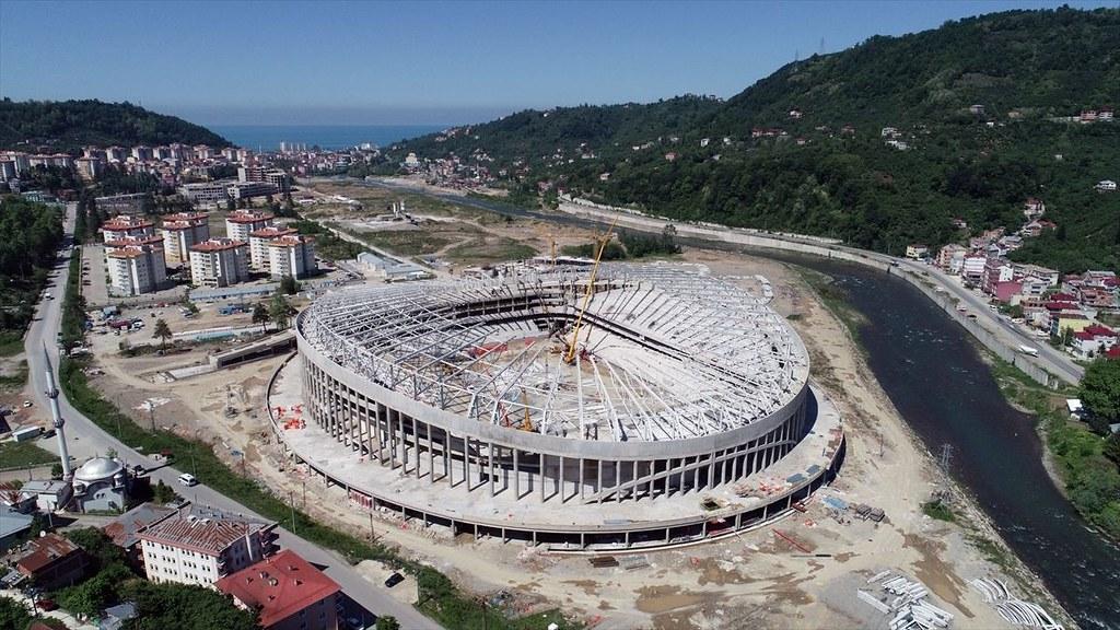 Daha bir stadion istifadəyə veriləcək -