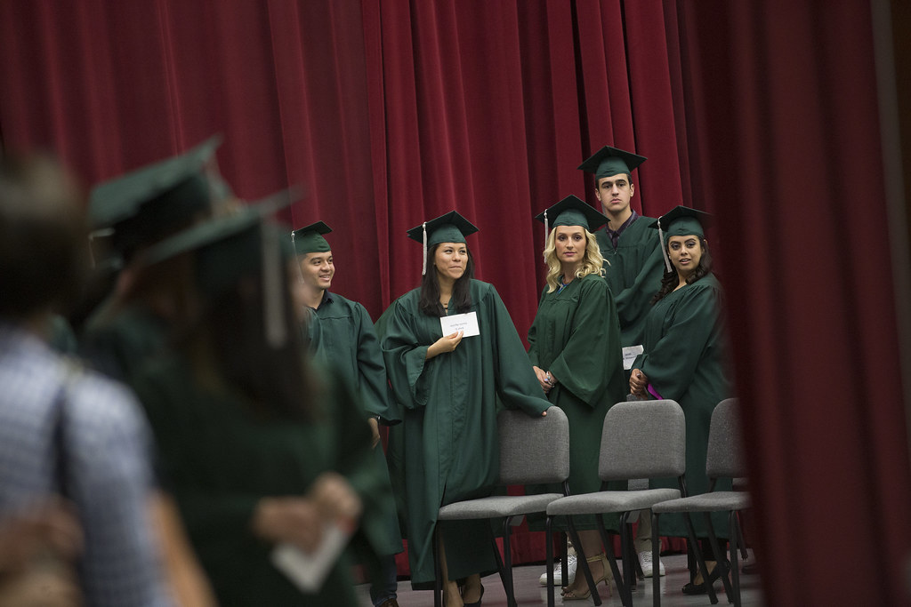 cod celebrates 2018 ged graduation 12 college of dupage s flickr