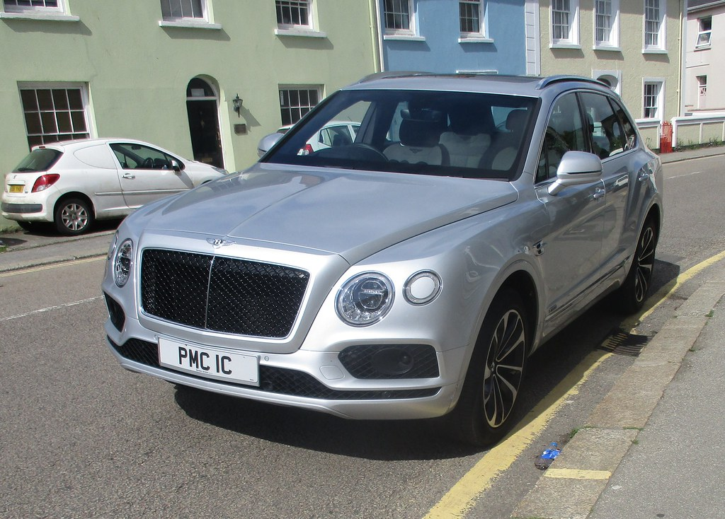 2017 Bentley Bentayga Diesel I Think This Is The First One Flickr