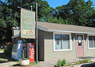 Crossroads Cafe - Saxeville, Wisconsin | by Cragin Spring