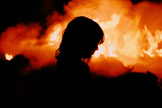 in the flames // silhouette & portrait | by eva michie