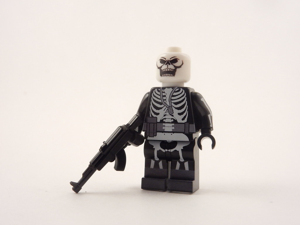 Fortnite Skull Trooper Front Machine Printed Paul Janowski Flickr
