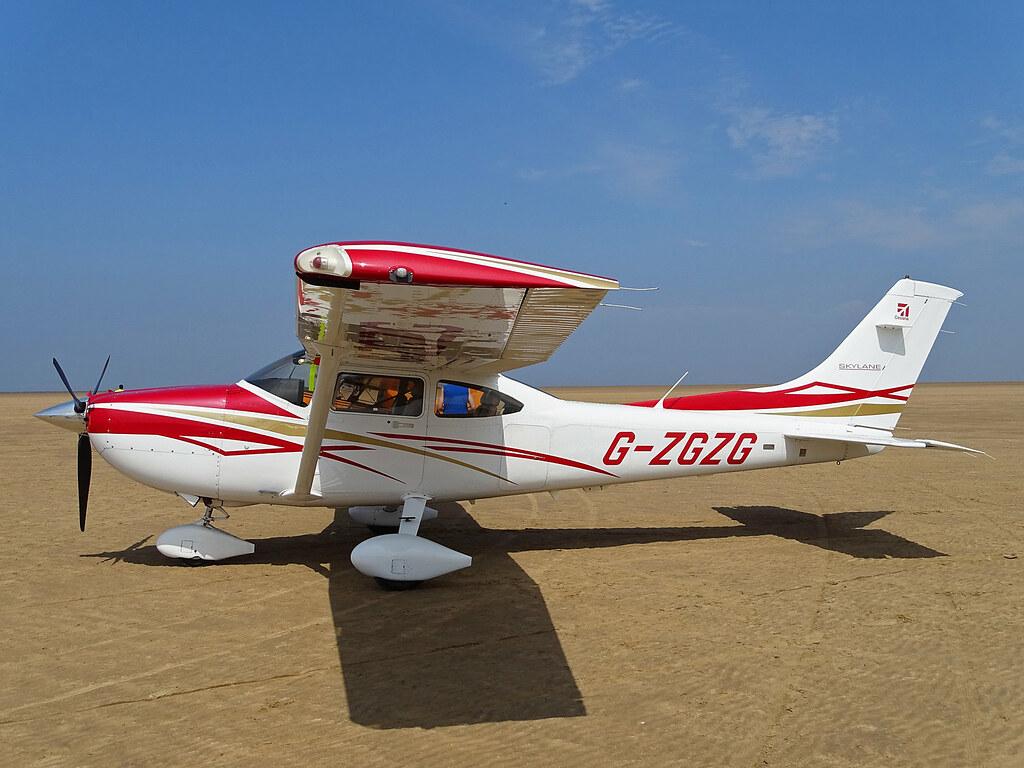 G Zgzg Cessna 182 Skylane G Zgzg Cessna 182 Skylane At Lan Flickr