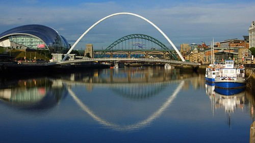 Newcastle upon Tyne Quayside panorama, on a reflective sunny morning | by WISEBUYS21