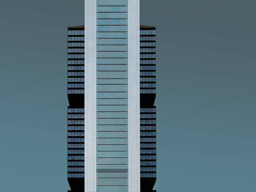 quer und l ngs madrid 1802 torre cepsa madrid quatro flickr. Black Bedroom Furniture Sets. Home Design Ideas