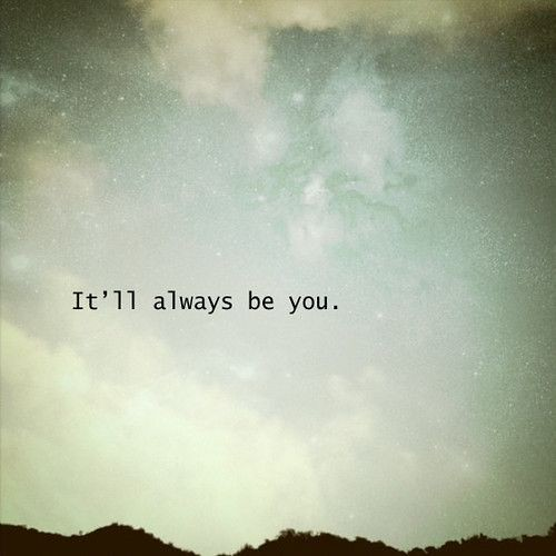 Soulmate And Love Quotes He Doesnt Love Me Quotes Quie Flickr
