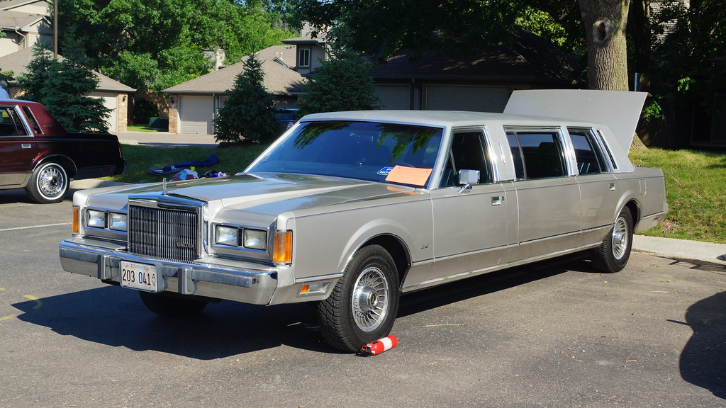 1989 Lincoln Continental Town Car Limousine Lincoln Cont Flickr