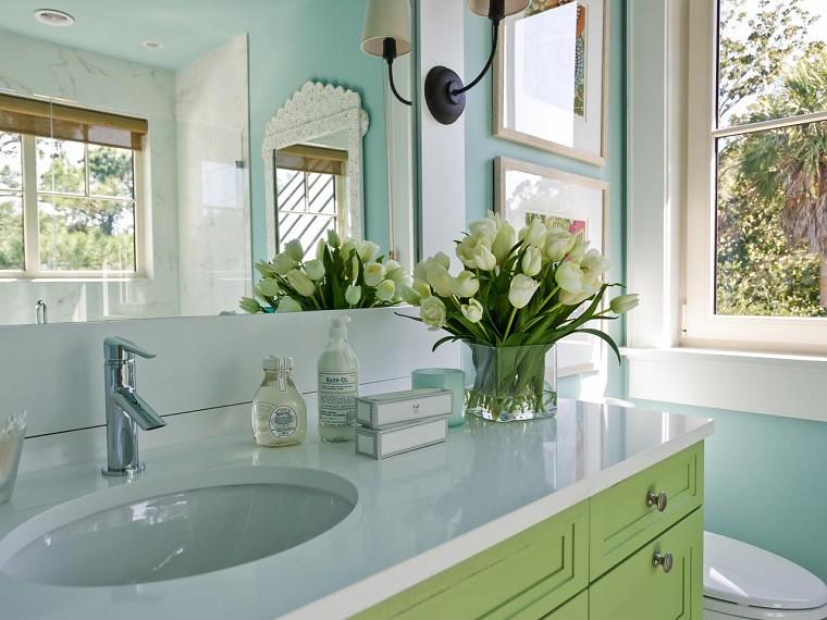 Moderne kleine Badezimmer mit originaler Einrichtung | Flickr