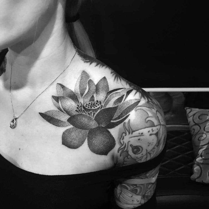 Flower Tattoos Dotwork Tattoo Lotus Flower On Collar Bon Flickr
