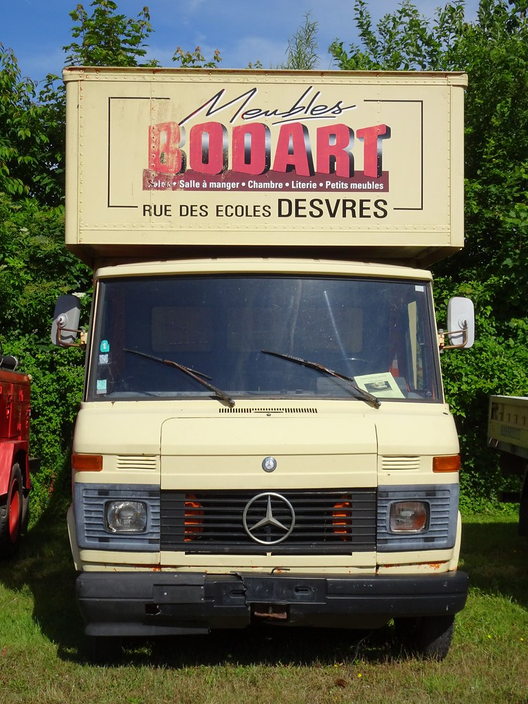 Mercedes Benz 407 D Meubles Bodart Face Exposition Ber Flickr