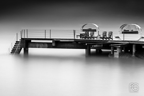 Black Pontoon | by Fabien Georget (fg photographe)