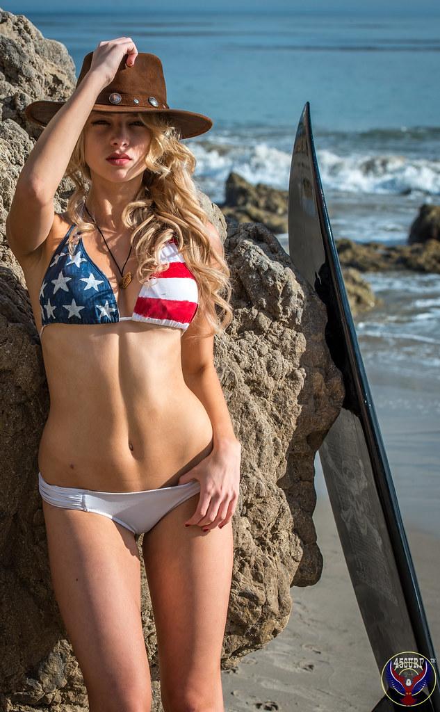 model usa Bikini