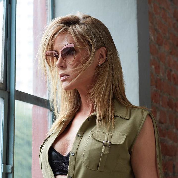 Sunglasses Ana Hickmann AH3178   The layered sunglasses are …   Flickr 4c81ce866626