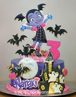 Vampirina Cake 8 Quot Cookievonster Flickr