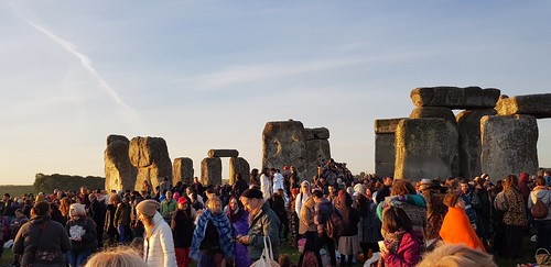 Summer Solstice 2018: Thousands celebrated longest day of the year at Stonehenge | by Stonehenge Stone Circle News www.Stonehenge.News