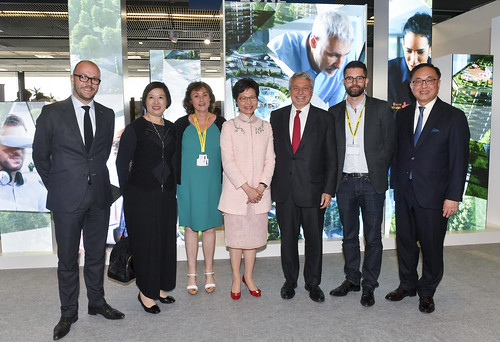 MIPIM PROPTECH EUROPE 2018 - SPECIAL EVENTS - THE MIPIM PROPTECH EUROPE TEAM WAS DELIGHTED TO WELCOME THE HONOURABLE Mrs CARRIE LAM The Hong Kong Chief Executive is pictured here (centre) with Reed MIDEM's R. Vaspart, Christine Lam, S. Rozenfarb P. Zilk ( | by MIPIM_World