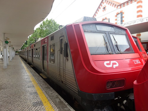 Local train to Lisboa Oriente at Sintra train station | by Zugführer