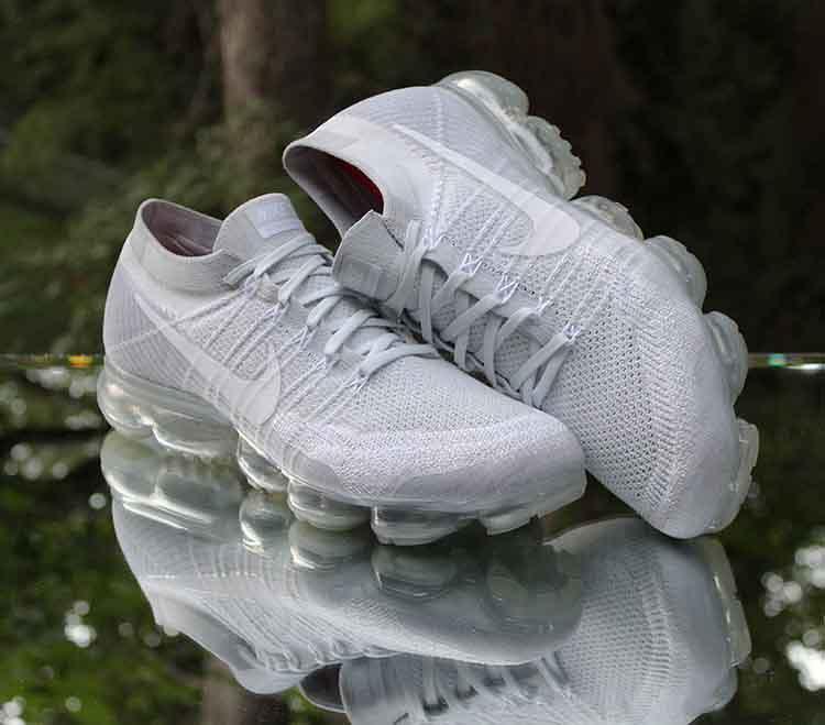 1fad646a1d2c59 ... Nike Air VaporMax Flyknit Pure Platinum Wolf Grey 849558-004 Men s Size  13
