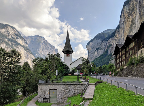 Lauterbrunnen | by Aviller71