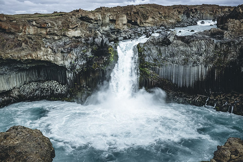 Aldeyjarfoss | by robbik