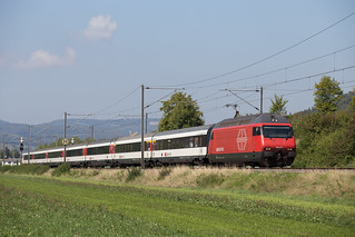 SBB Re 460 017 Sissach (BL) | by daveymills37886