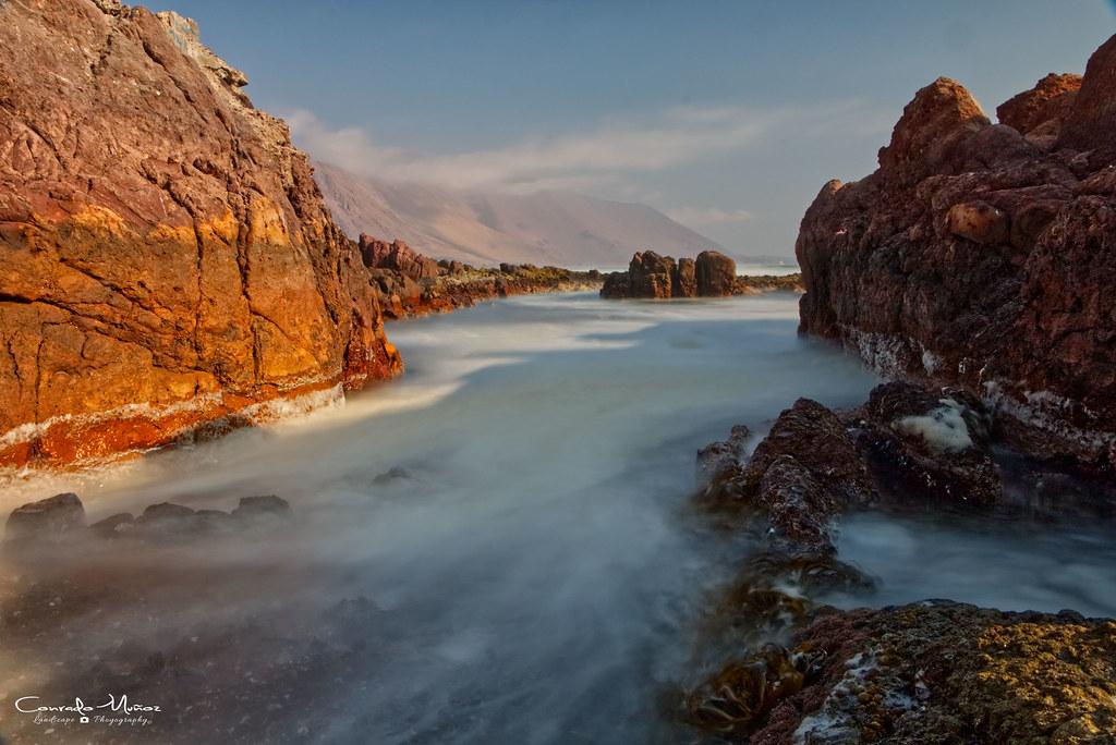 Larga Exposición Diurna Entre Rocas Canon Eos 70d Ef S1 Flickr