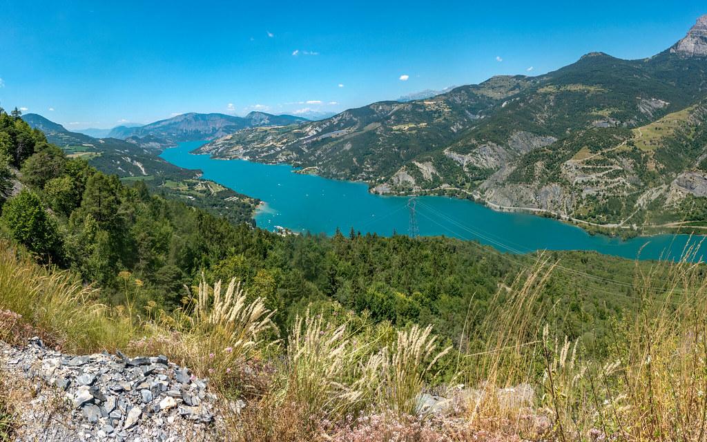 Lac Serre Poncon : Lac de serre poncon grande traversée des alpes patrick guillaud