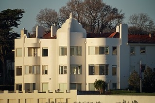 Art Deco apartments by the sea, Brighton | by Joe Lewit