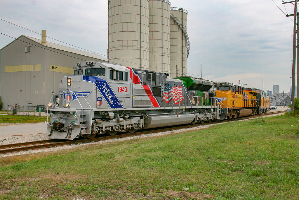 spirit of the union pacific up sd70ah no 1943 the spirit flickr