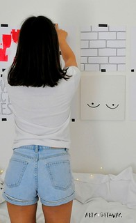 Diy Home : Budget-Friendly-Gallery-Wall-DIY-Home-Projects-PINTEREST-Arty's-Getaway | by List Fender