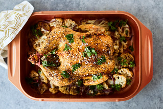 Easy Roasted Chicken {paleo, keto, whole30, gluten-free} | by Tasty Yummies