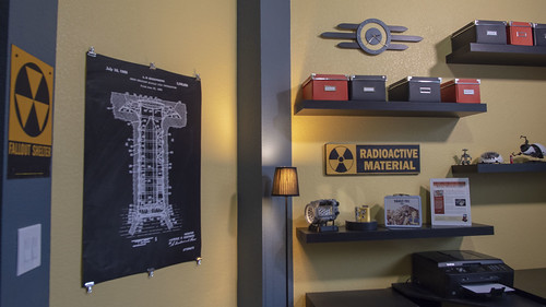 My Vault-Tec Themed Office | by ZapWizard